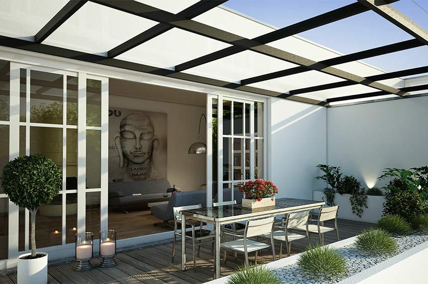 Flaches Glasdach an Terrasse